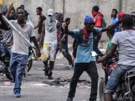 iciHaïti - PNH : Premier bilan partiel 1 mort et 4 policiers blessés (officiel)