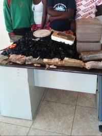 iciHaïti - Justice : Commerce de drogue familiale , 3 jeunes filles et un mineur arrêtés