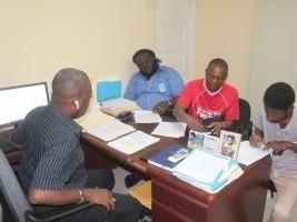 iciHaïti - Social : Protocoles d'accord entre le FAES et des leaders communautaires