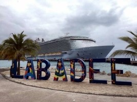 Haiti - Tourism : Royal Caribbean suspends all its cruises around the world