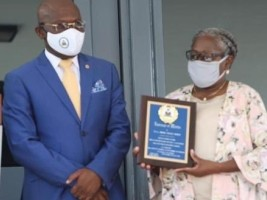 iciHaiti - Honor and merit : 40 years of service in the Haitian public service