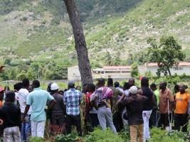 iciHaïti - St Raphaël : Construction d'un terrain de football dans le Nord