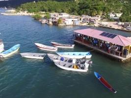Haïti - Agriculture : Distribution de bateaux de pêche à moteur
