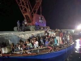 iciHaiti - Social : 206 Haitian boat-people intercepted off Providenciales