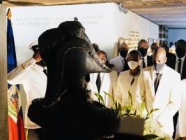 Haïti - 214e J-J Dessalines : Offrande florale du Président Jovenel Moïse