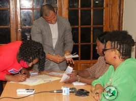 iciHaiti - Social : Delivery of subsidy checks to people with disabilities