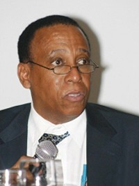 iciHaïti - Économie : L'Économiste  haïtien Eddy Labossière critique le FMI