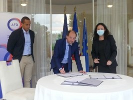 Haiti - France : Agreements of more than 10 million Euros to support the health sector