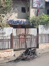iciHaïti - Insécurité : Des individus ont tenté d'incendier la barrière principale de la Loterie de l'État