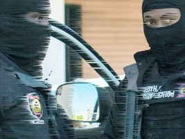 iciHaïti - Rappel : Trop de policiers cagoulés