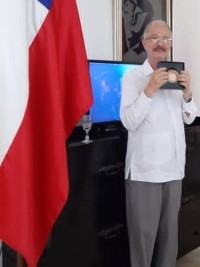 iciHaiti - Chile : The filmmaker Arnold Antonin receives the «Prix Détroit de Magellan»