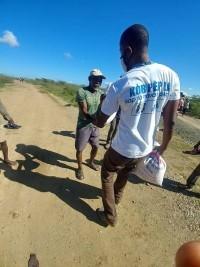 iciHaïti - Social : Des milliers de kits alimentaires distribués dans trois départements
