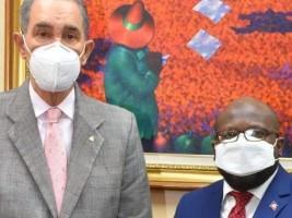 Haïti - Rép. Dom. : L'Ambassadeur d'Haïti plaide pour l'inscription en ligne de 2,526 étudiants haïtiens