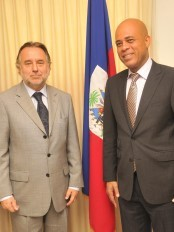 Haiti - Security : Martelly requires more Efforts of the Minustah