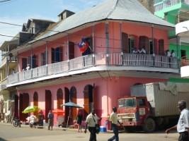 iciHaïti - AVIS : Arrêté sur la circulation des poids lourds, garage et «car wash» à Cap-Haïtien