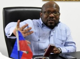 Haïti - Politique : L'Ambassadeur d'Haïti respecte la décision dominicaine de ne pas vacciner les sans-papiers