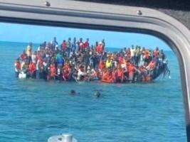 iciHaiti - Shipwreck : 159 Haitians rescued east of the Turks and Caicos Islands