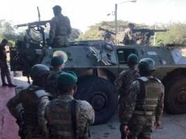 Haïti - FLASH : Craignant le pire en Haïti, les dominicains déploient des blindés à la frontière
