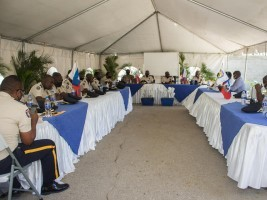 iciHaïti - Justice : Droit de manifester une responsabilité partagé entre la police et les manifestants