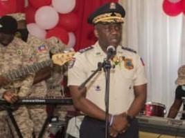 iciHaïti : PNH : Léon Charles fait l'éloge des mères policières (poème)