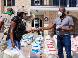 iciHaïti - Delmas 75 : Soutien du maire Wilson Jeudy aux victimes de l'incendie