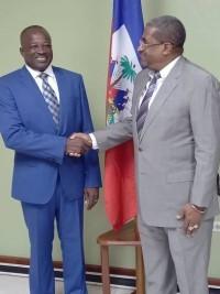iciHaïti - Politique : Installation de Desras comme Ministre de la Planification