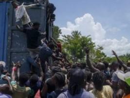 iciHaïti - Séisme : L'armée pour protéger les convois humanitaires