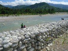 Haïti - Environnement : 450 mètres de gabions le long de la rivière de Port-à-Piment
