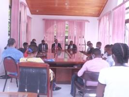 iciHaïti - Politique : Remise de chèques de subvention à 20 jeunes athlètes