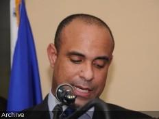 Haïti - Politique : Laurent Lamothe salue la victoire du nouveau Président du Guatemala