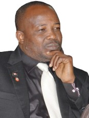Haïti - Politique : Le Sénateur Simon Dieuseul Desras, nouveau Président du Sénat
