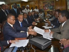 Haiti – Politic : Laurent Lamothe submitted 58 documents to the Senate