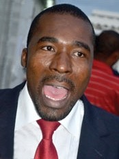 Haiti - Politic : Arnel Bélizaire frustrated, threatened to boycott the filing of documents by the PM...