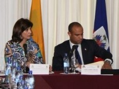 Haiti - Politic : Working session with the Colombian Chancellor Maria Angela Holguín