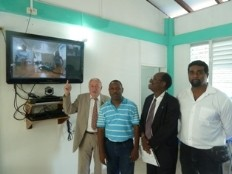 Ha ti sant inauguration de deux centres num riques d for Hopital canape vert haiti
