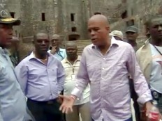 Haiti - Heritage : The President Martelly angry at the Citadelle
