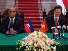 Laurent Lamothe invite Vietnamese companies to invest in Haiti