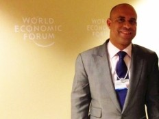 Haïti - Politique : Laurent Lamothe de retour de Davos avec des projets