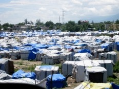 Haiti - Social : 230,000 people still in camps, end 2013 ?