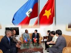 Haïti - Politique : Visite d'une importante délégation du Vietnam