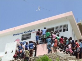 Haiti social inauguration of a community restaurant in for Canape vert haiti