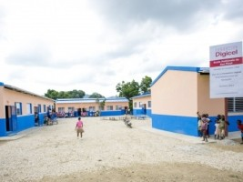Haiti - Education : The Digicel Foundation built 100 schools !