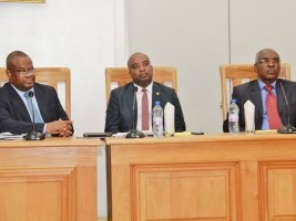 Haiti - Politics: Failure in the Senate, the 3 ministers remain in office