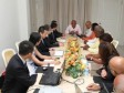 Haiti - Reconstruction : A Chinese delegation talking about large-scale projects with President Martelly