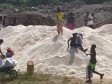 Haiti - FLASH : An important quantity of rice mysteriously thrown at Tabarre