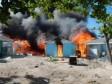 iciHaïti - FLASH : Des dizaines de maisons d'haïtiens détruites dans un incendie criminel au Bahamas