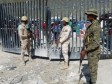 iciHaïti - Crise : Des centaines d'haïtiens fuyant Haïti interceptés à la frontière dominicaine