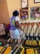 iciHaïti - Réinsertion : Des ex-détenues formées en «poze seramik» ont reçu des outils de travail