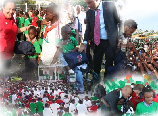 Le couple présidentiel fête la Noël avec plus de 5,000 enfants